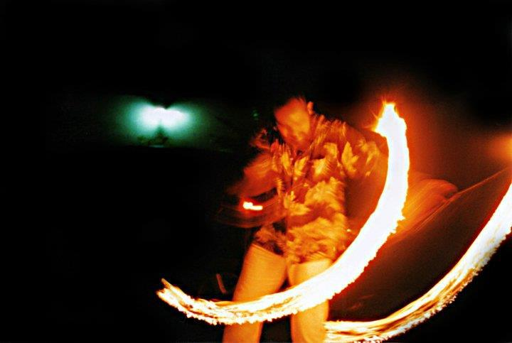 Decuir_poi_fire_dance