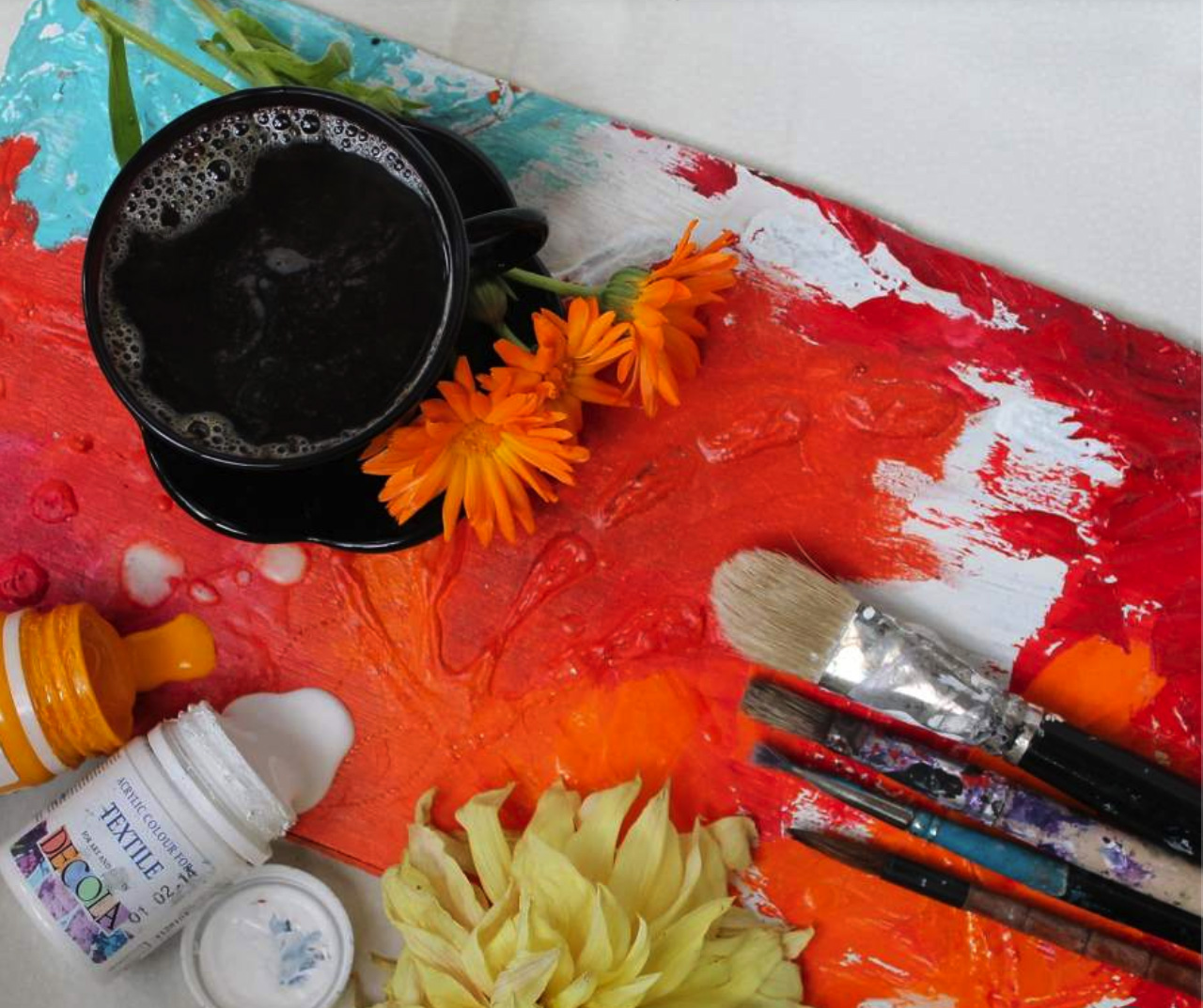 A Course Teaching Art And Craft Enthusiasts How To Make More Money Selling Their Artworks.