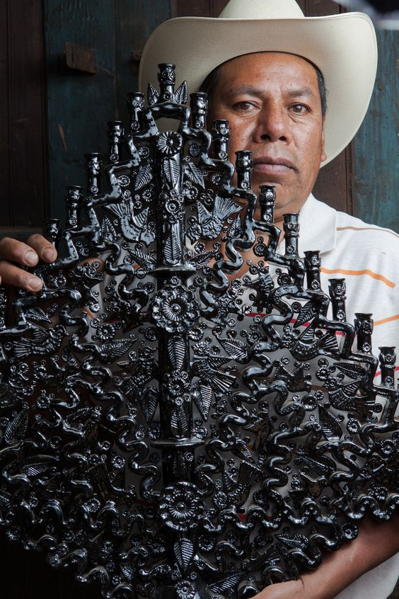 Artesanos de Michoacan  Manuel Jeronimo Reyes y Jose Manuel Jeronimo