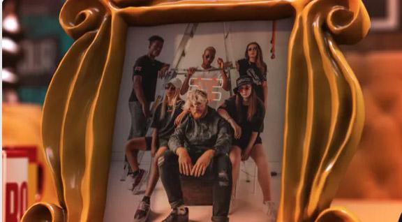 Sixpals - Friends Forever 3D Slideshow por Fredduck